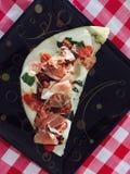 Panini mit Mozzarella und Prosciutto Stockbild