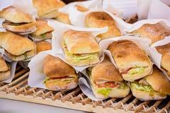 Panini nel fondo del panino fotografie stock