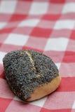Panino del seme di papavero Immagini Stock Libere da Diritti