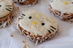 Panino delizioso sotto forma di un gattino immagine stock libera da diritti