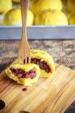 Panino della zucca del pane casalingo con il fagiolo rosso Fotografie Stock