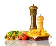 Panino di Shawarma con le fritture isolate su fondo bianco Fotografia Stock Libera da Diritti
