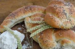 Panino e panino dal piccolo forno immagini stock libere da diritti