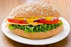 Panino integrale dell'insalata del prosciutto Fotografia Stock