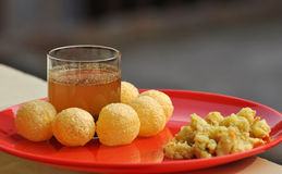 Panipuri - Golgape - Gupchup - alimento Fotografia de Stock Royalty Free
