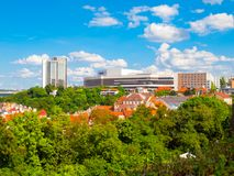 Pankrac小山看法与议会中心大厦,布拉格,捷克的 库存照片
