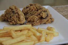 Panlasang Fried Chicken croccante pinoy fotografia stock libera da diritti