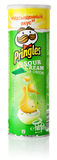 Panna acida e cipolla di Pringles fotografia stock libera da diritti