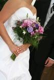 Panna młoda, ślubna suknia i bukiet, Obraz Stock