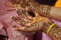 - panna młoda do henny hindusa ślub Fotografia Royalty Free