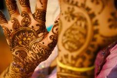 - panna młoda do henny hindusa ślub Zdjęcia Royalty Free