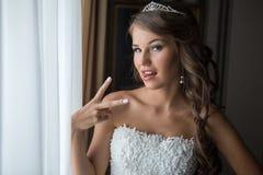 Panna młoda rankiem dnia ślubu Zdjęcie Royalty Free