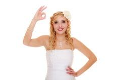 _ Panna młoda seansu ok ok sukcesu ręki znak Obrazy Royalty Free