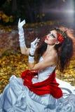Panna młoda z czerwoną chustą Zdjęcia Royalty Free