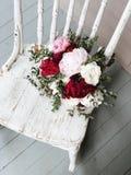 Panna młoda bukiet kwiaty zdjęcia royalty free