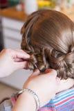 Panna młoda przy fryzjerem Fotografia Royalty Free