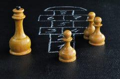Panneau d'échecs et de jeu de marelle Photos stock