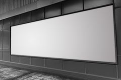 Panneau d'affichage à l'espace publicitaire vide blanc de rue Images stock