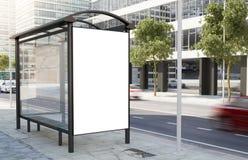 Panneau d'affichage d'arrêt d'autobus Photos stock
