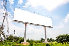 Panneau d'affichage vide, faisant de la publicité le message publicitaire public extérieur Image stock