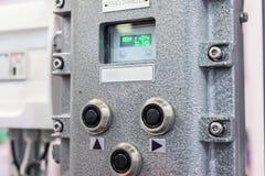 Panneau de commande électrique, affichage-commande photographie stock