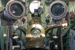 Panneau de commande dans le bateau de la Marine USS intrépide photographie stock libre de droits