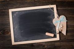 Panneau de craie avec le coeur Photographie stock