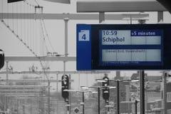Panneau de message de gare en hiver Image stock