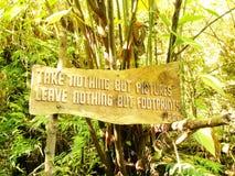 Panneau en bois de signe Photos libres de droits