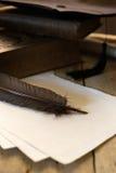 Panneau et diplôme de mortier avec l'espace de copie photos stock