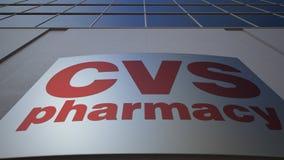 Panneau extérieur de signage avec le logo de santé de CVS Immeuble de bureaux moderne Rendu 3D éditorial Photo libre de droits