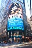 Panneau-réclame de Nasdaq dans le Times Square Image libre de droits