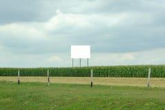 Panneau-réclame de publicité blanc Photographie stock libre de droits