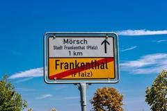 Panneau routier allemand de Frankenthal photo libre de droits