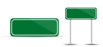 Panneau routier d'isolement sur le trafic blanc de vert de blanc de fond Photographie stock