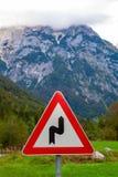 Panneau routier dans Julian Alps, Slovénie Photo stock