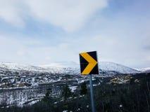Panneau routier jaune photos libres de droits