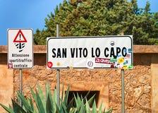 Panneau routier Sicile de capo de lo de San Vito images libres de droits
