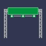 Panneau routier vert vide du trafic Photographie stock libre de droits