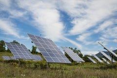 Panneau solaire sur le fond de ciel en Amérique Photo libre de droits