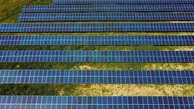 Panneaux à énergie solaire dans le domaine clips vidéos