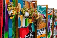Panneaux peints avec le graffiti photographie stock libre de droits