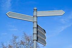 Panneaux routiers directionnels de flèche Photos libres de droits