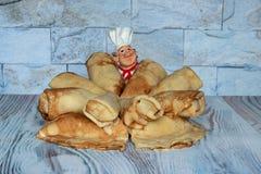 Pannekoeken met kwark Heerlijk zoet dessert royalty-vrije stock foto's