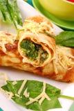 Pannekoeken met spinazie Stock Fotografie