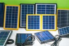 Pannelli solari di varietà immagine stock