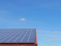 Pannelli solari sul tetto Immagine Stock Libera da Diritti