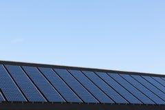 Pannelli solari sulle case della famiglia Fotografia Stock Libera da Diritti