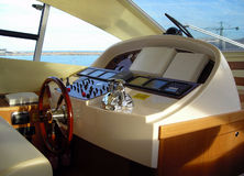 Pannello di controllo dell'yacht e cruscotto Fotografia Stock Libera da Diritti