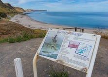 Pannello indicatore con informazione turistica sull'allerta di HMAS Hobart dentro così Immagini Stock